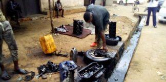 des déchets liquides nuisibles à la santé humaine et végétale qui coulent dans les différents caniveaux de la zone Buyenzi.