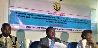 M.Libère Bukobero,vice-président de la PAMUSAB au milieu