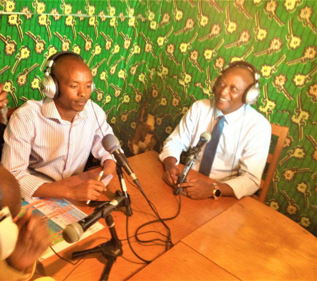 SE Gaston Sindimwo, le 1er Vice-Président de la République du Burundi au studio de la Radio Culture