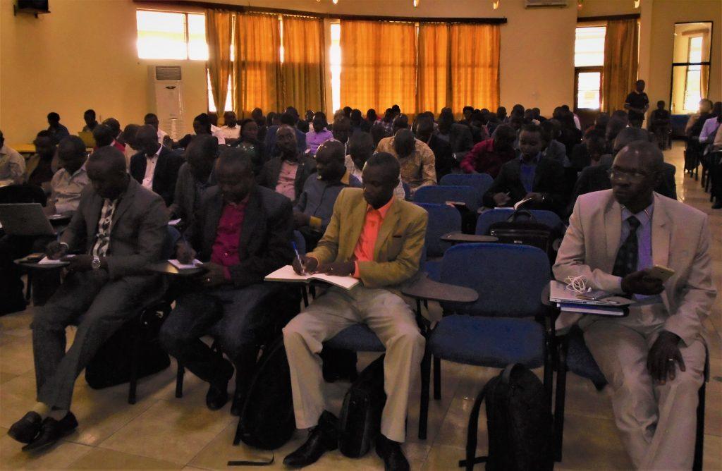 Vue partielle des responsables sanitaires qui ont participé à la réunion.