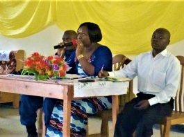 """Mme Nadine Gacuti, Gouverneur de la province Bujumbura:""""Je ne veux plus d'autres personnes qui perdent leur vie....."""""""