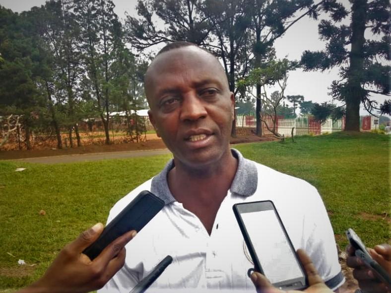 """Jean Marie Hatungimana de la DPEAE Gitega """"la protection des sources d'eau et des marais, le constat en est que dans certaines zones, au lieu de dessoucher les arbres absorbant beaucoup d'eau"""""""