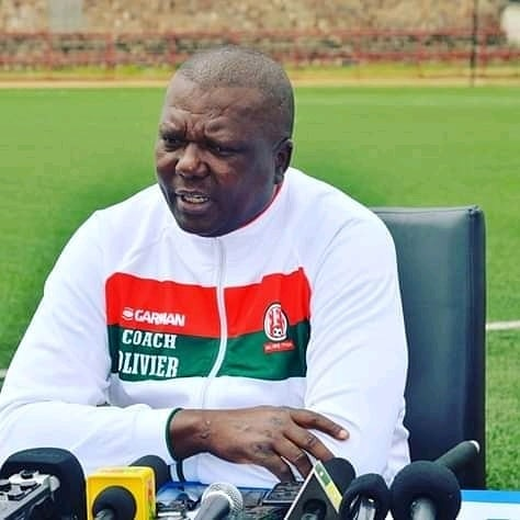 Olivier Niyungeko alias  Mutombora,entraineur de l'équipe nationale Intambamurugamba