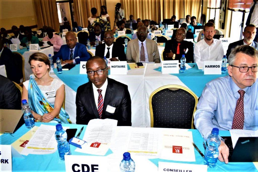 Les participants au Forum MfashakumenyaF20