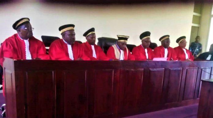 Les juges de la cour constitution