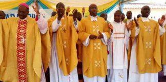Les évêques catholiques