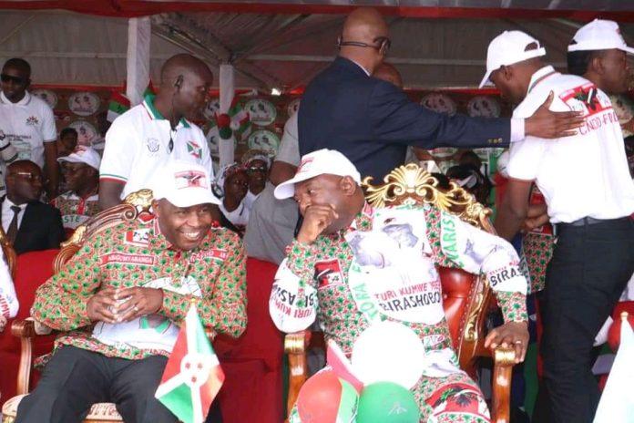 Evariste Ndayishimiye candidat du CNDD-FDD et SE Pierre Nkurunziza