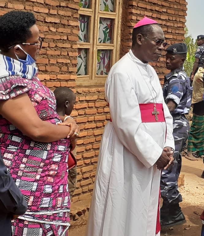 Mgr Simon Ntamwana
