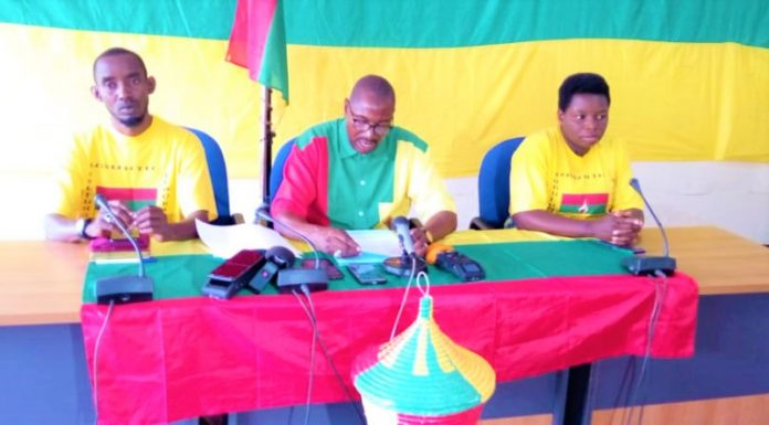 Président de l'UPD-Zigamibanga est au milieu