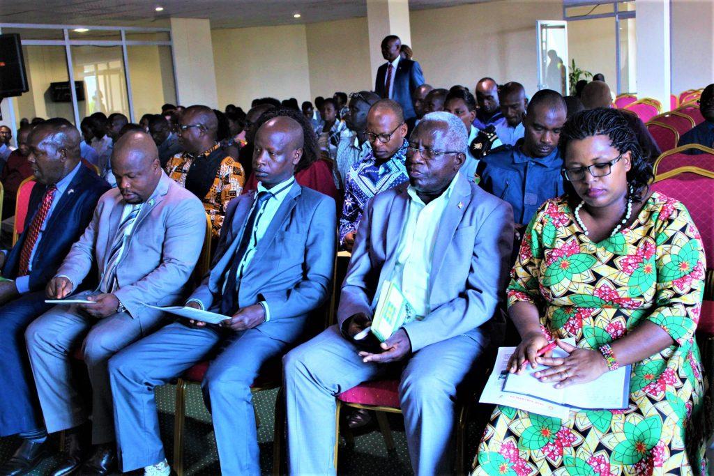 Les administratifs de Bujumbura participent à de la CVRà